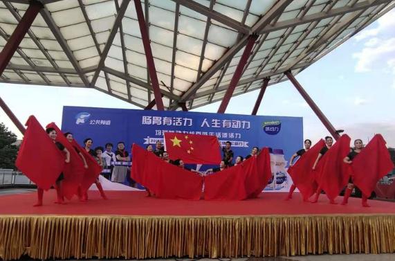 河南公共频道《百姓调解》栏目走进六楼社区