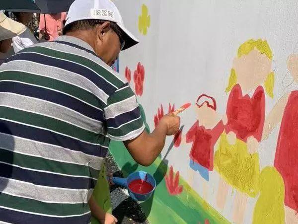 小小艺术家 神笔马良 暑期彩绘活动不简单