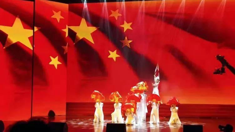 "<b>8·19医师节 | 妇产舞蹈闪耀2019年北京""中国医师节""庆祝活动</b>"