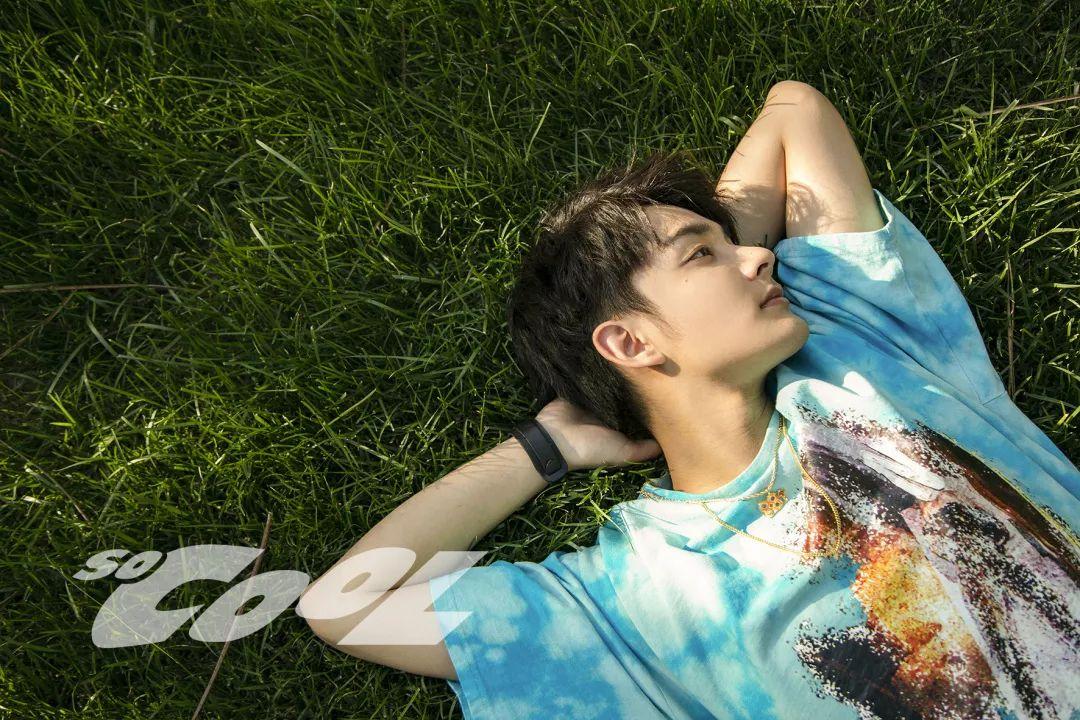 GLITTER完美夏日 关于美好的一切——赵子麒