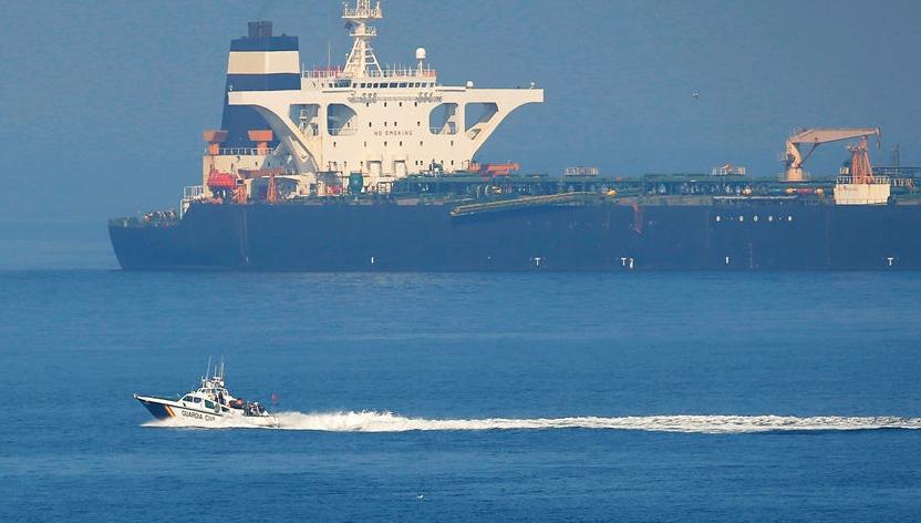 美国海军终于动手了,这次伊朗凶多吉少,只有一国海军能出手相救