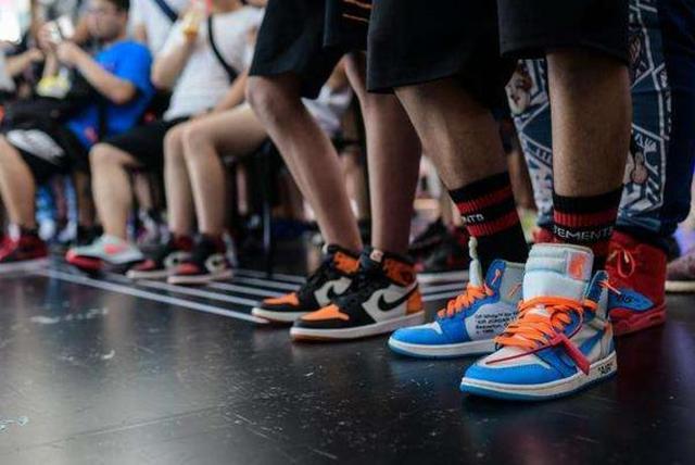 匡威鞋 阿迪达斯运动鞋一手货源
