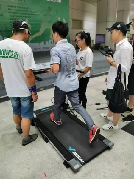 麦瑞克健身器械遭疯狂打卡,引爆2019全民健身节