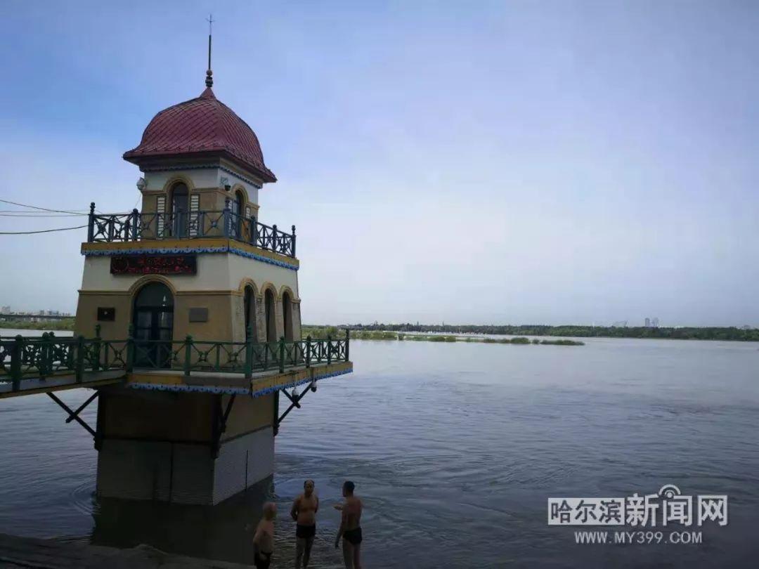 哈尔滨市发布大雨预报 部分乡镇有暴雨 8级阵风丨全省13条河流19个站水位超警,黑龙江省水文部门严阵以待全力应对松花江1号洪水