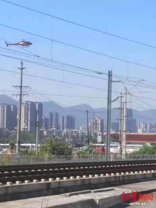 高铁上空现直升机 驾驶员私自改变启停地点被罚款