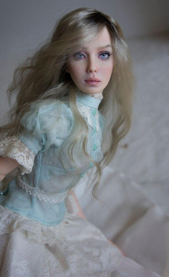 原创 俄罗斯夫妇制作仿真瓷质娃娃,肤若凝脂楚楚动人,从不重样简直了
