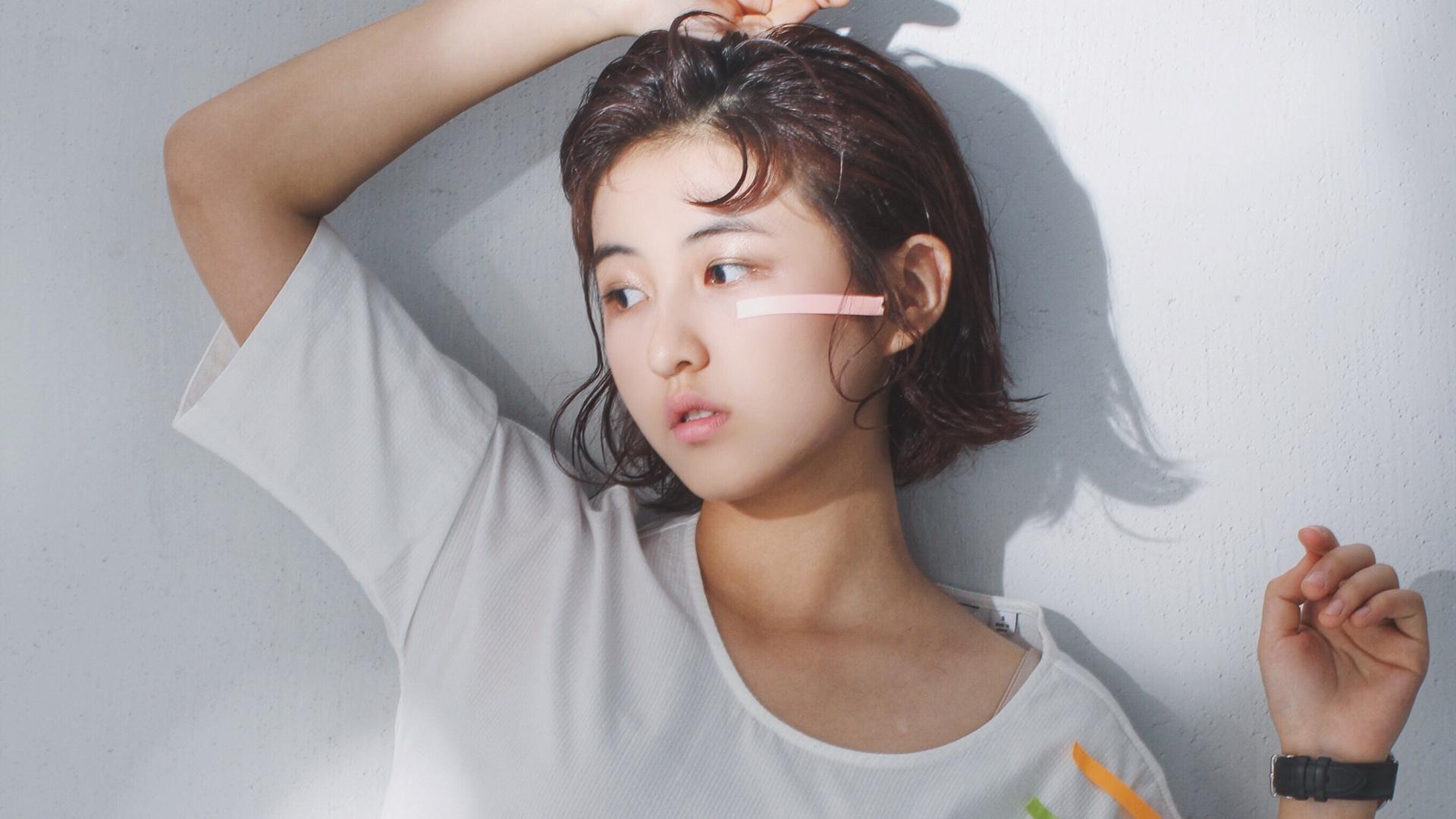 曝蔡徐坤15岁时喜欢张子枫 12岁小姑娘一人碾压2607万粉丝