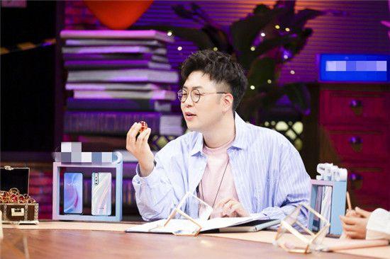 杜海涛晒录制节目照片,粉丝称为啥秒删沈梦辰?催婚队伍上线!