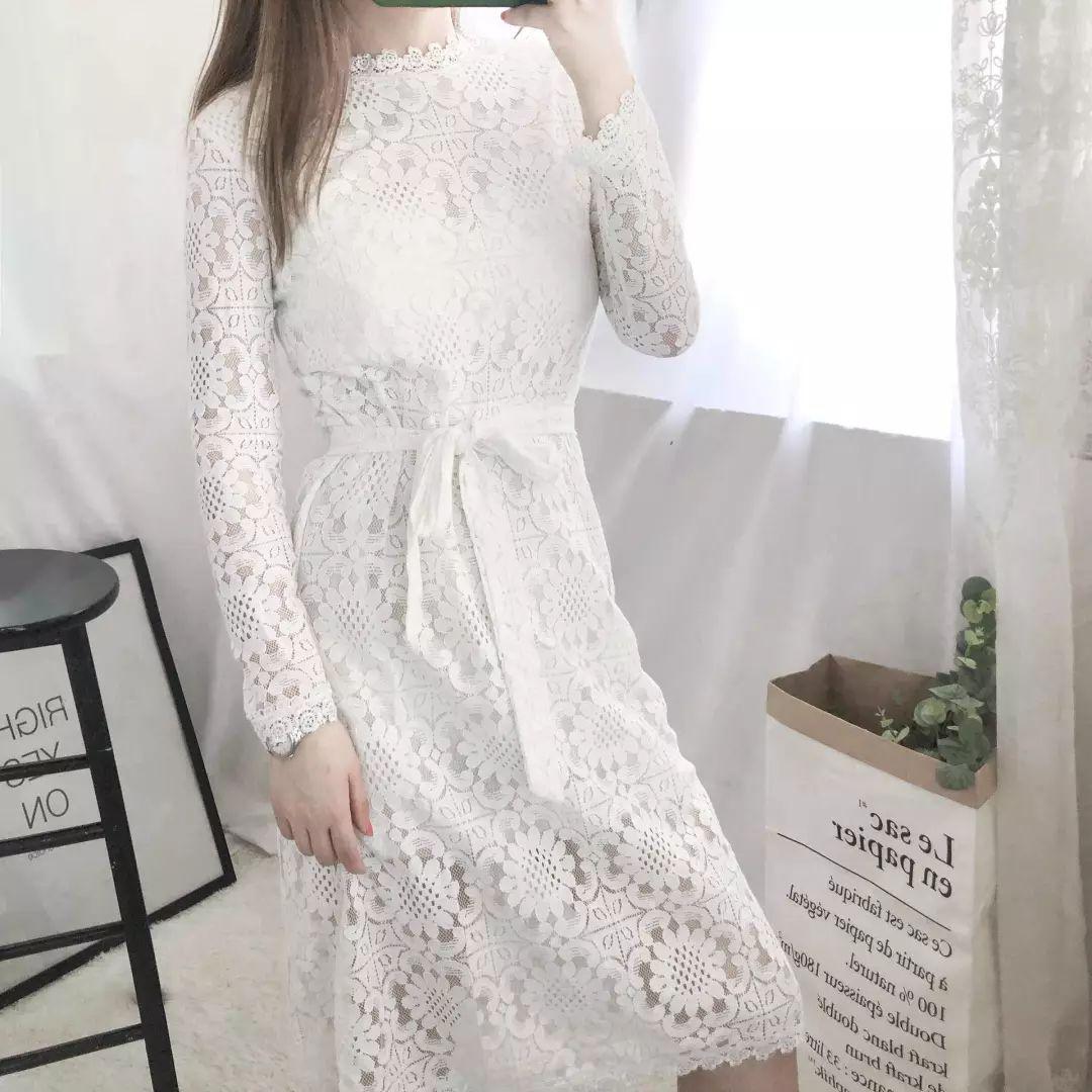 小�9.���j_过渡季薄款风衣,适合参加婚礼的蕾丝小白裙