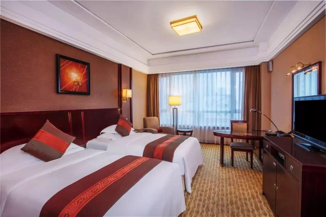 宁波凯洲皇冠假日酒店仅¥999/2晚!畅吃海鲜