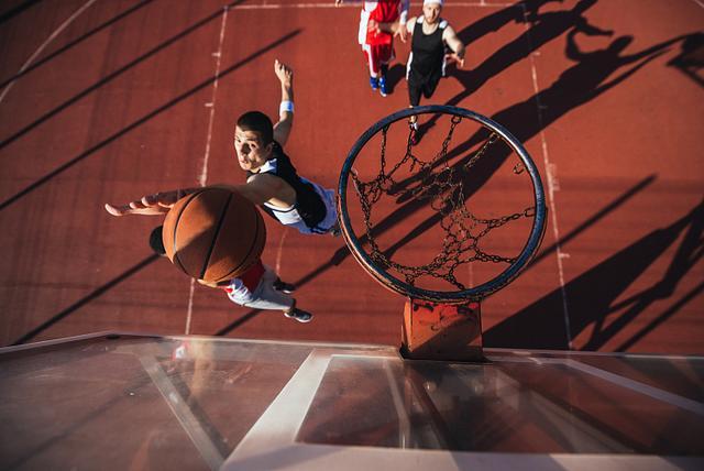 """篮球世界杯""""登陆""""中国,广州海关助力赛事物资顺利通关"""