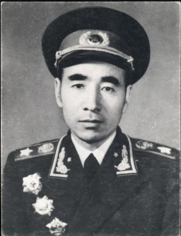 林彪最害怕的人之一,曾两次打败林彪,死因却成谜