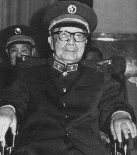 唯一没有经历文革的开国元帅,去世后毛泽东伤心得不能入睡
