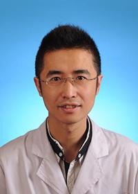 哈医大二院孙宇博士8月31日来我院进行甲状腺会诊并穿刺活检与手术