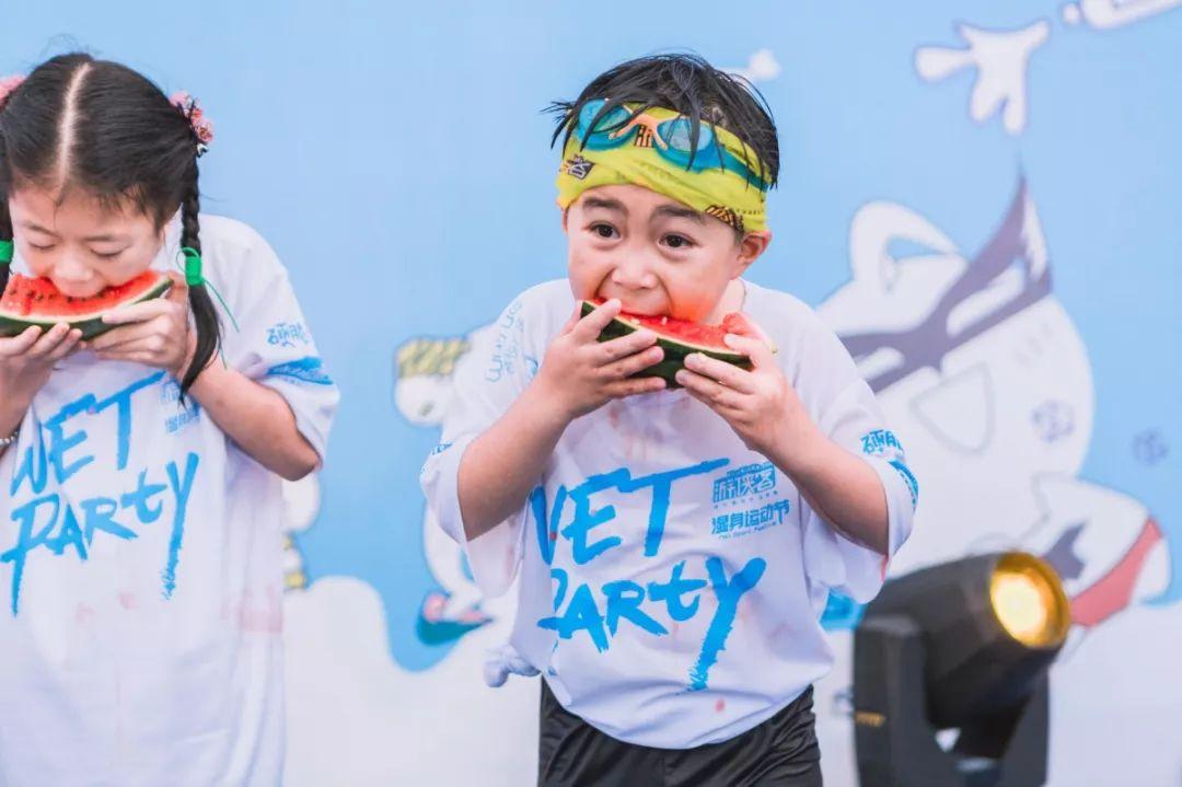 今夏最后的湿身狂欢节,玩法装备通通升级!