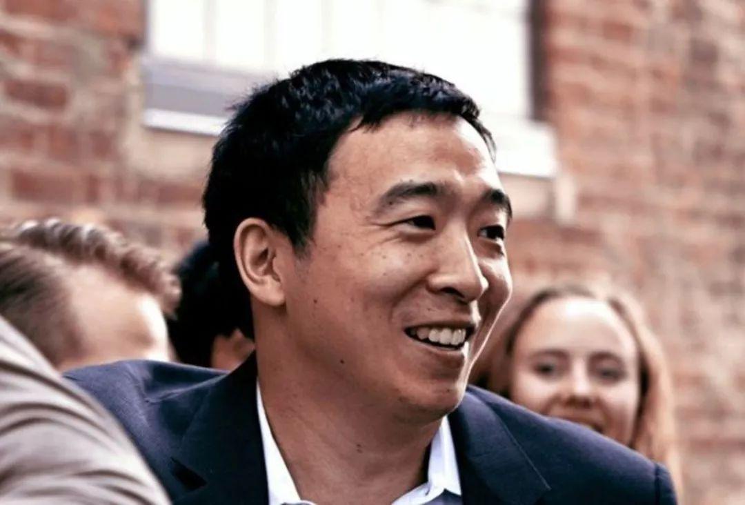 马斯克都给他点赞!看美国华裔总统参选人如何吸粉