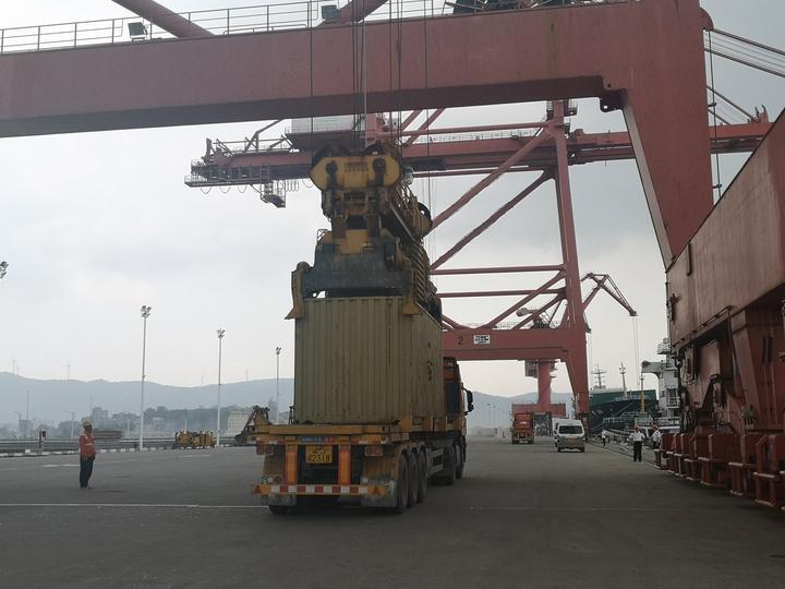 浙江首辆出口二手车发往科特迪瓦:货值约9万元,买主是华人