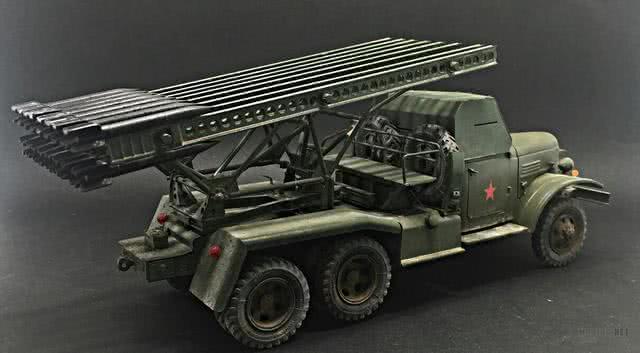 中国火箭炮有多牛?买集装箱送火箭炮,搭上它连货轮也能从军了