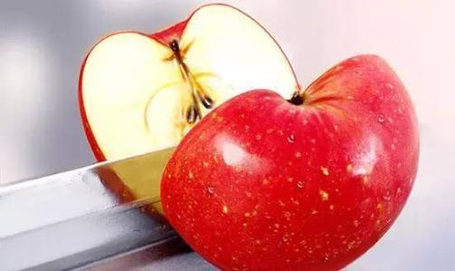 """睡前吃水果是""""毒水果""""?营养师辟谣:不管早晨还是晚上,都能吃"""
