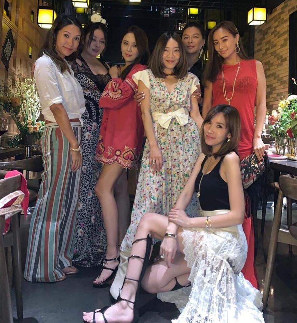 娱乐圈贵妇派对,林志颖娇妻陈若仪美貌气质绝佳,完胜其她众人