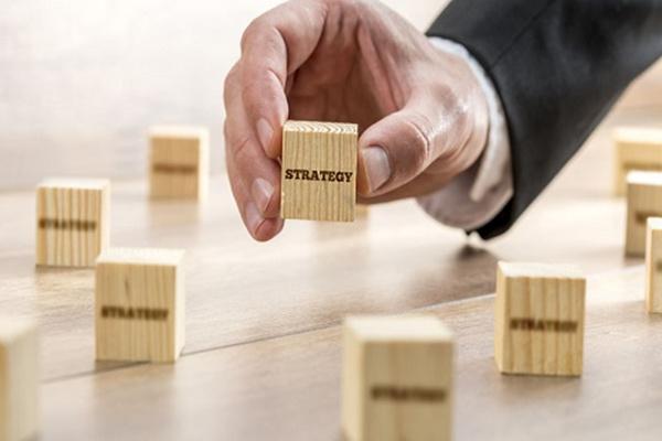 企业战略调整四大策略