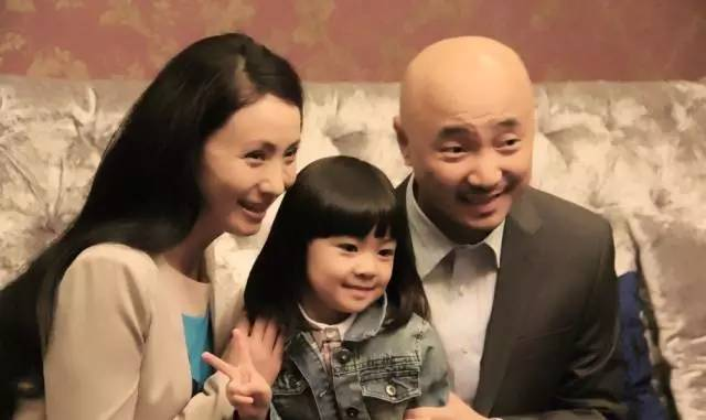 徐峥结婚16年罕见表白小陶虹,仅一句话甜蜜爆表