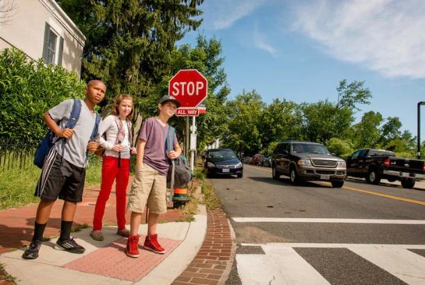 在美国儿童必知的15条安全守则,每一条都要牢记