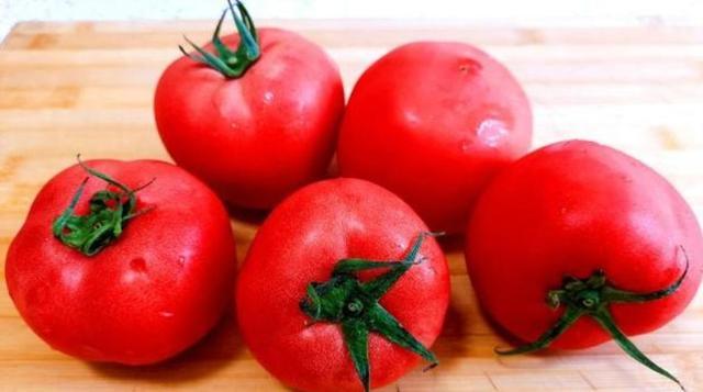 西红柿只会炒鸡蛋?教你做成早餐,营养好吃,孩子吃了猛窜个