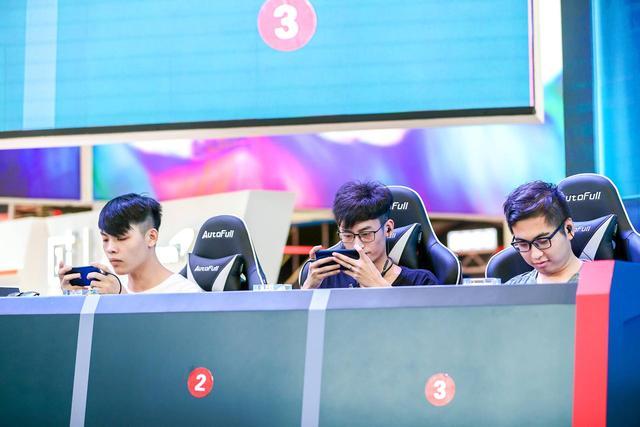 爱打游戏选哪款手机?主播们尝鲜一加7Pro给出一致结论
