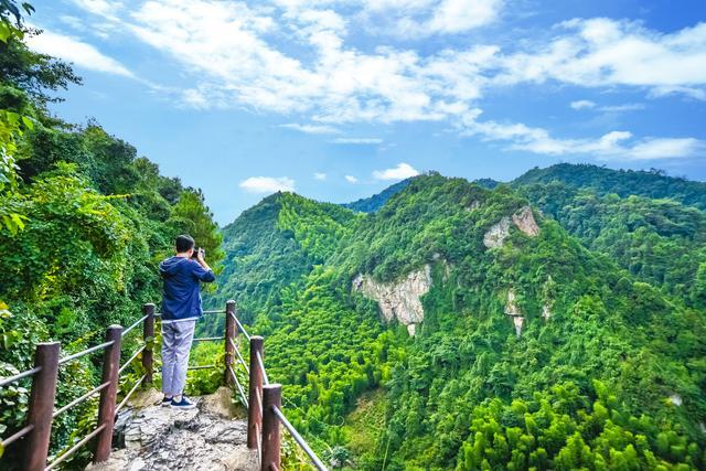 皖浙边界的独特景区,藏于群山不为人知,进出口只有一条小道