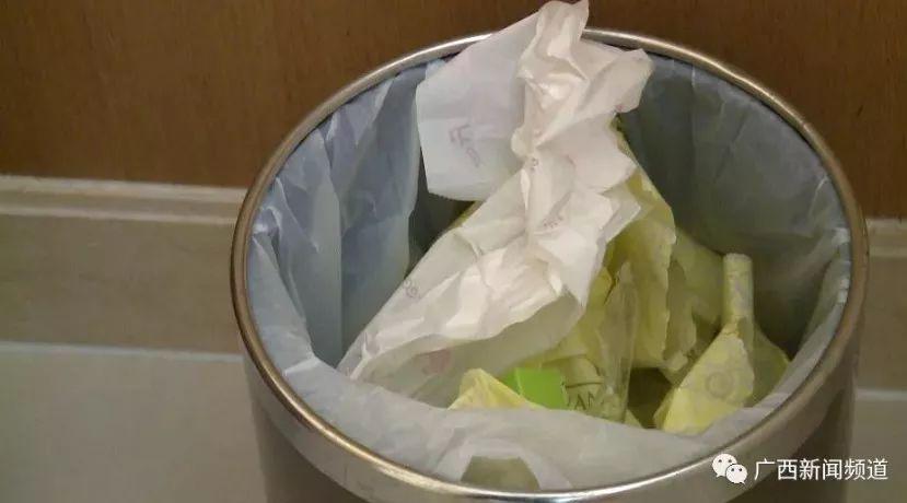 酒店水壶把卫生巾放进五星级时尚烧美女里!还?网友都怒了中国人民大学图片
