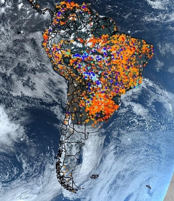 亞馬遜雨林的沖天烈焰,從太空都能看得到_大火