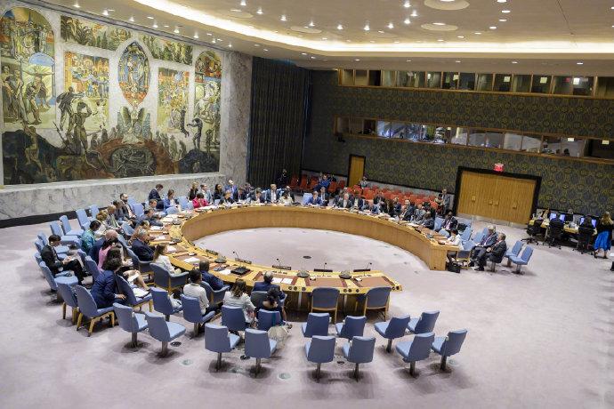 應中俄要求,聯合國安理會就美試射中程導彈舉行會議_條約