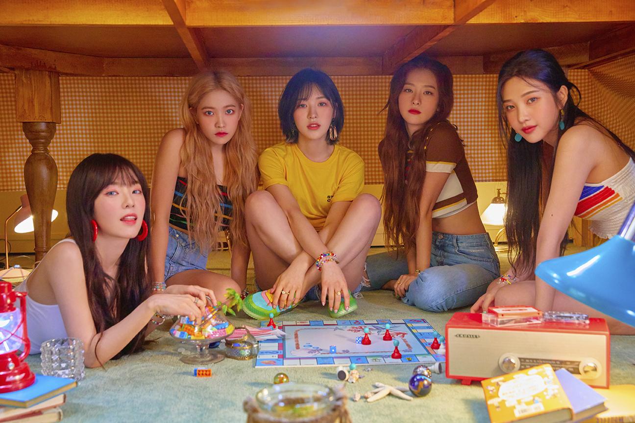 """""""夏日女王""""Red Velvet今天迎来新歌《Umpah Umpah》的初放送舞台!"""