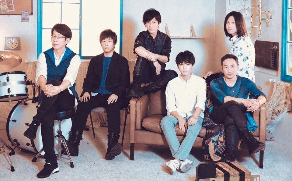 王俊凯再唱《洋葱》 木子洋灵超观看五月天演唱会_组合