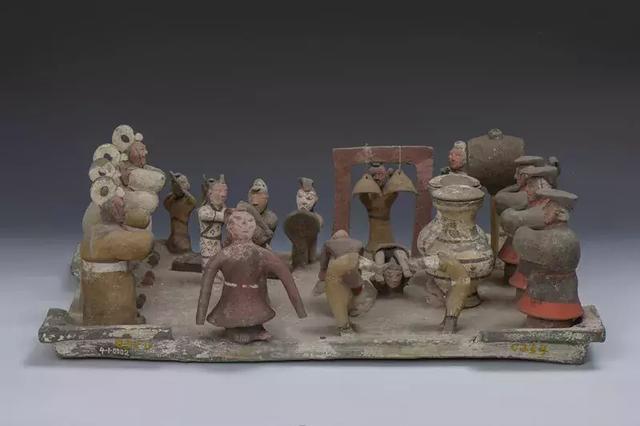 泉城寶藏——西漢彩繪樂舞雜技陶俑_伴奏
