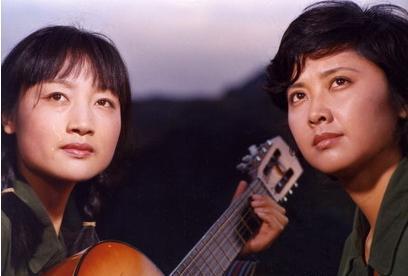 1986年一部战争剧《凯旋在子夜》,朱琳主演,冯小刚客串
