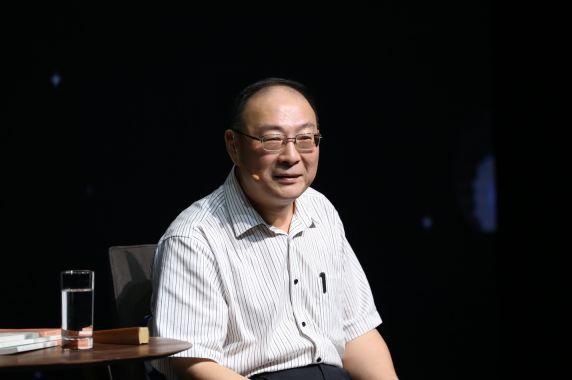 20190824专访金灿荣:如果中美贸易战继续打下去,中国手上的牌也会渐渐展示给世人