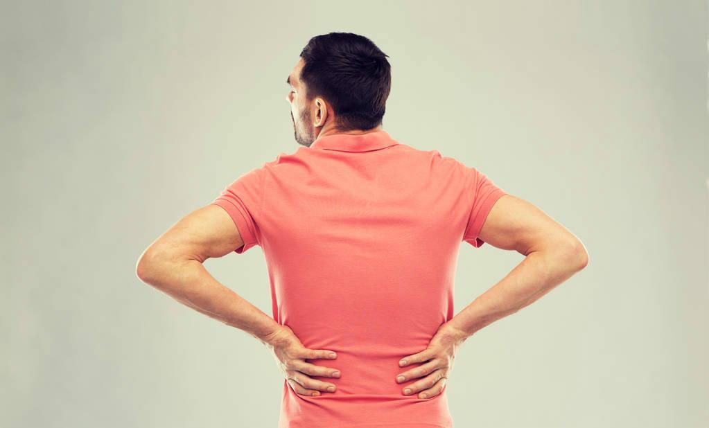 体内有癌,腰背先知,腰背若出现一个特征,请及时排查五种癌症