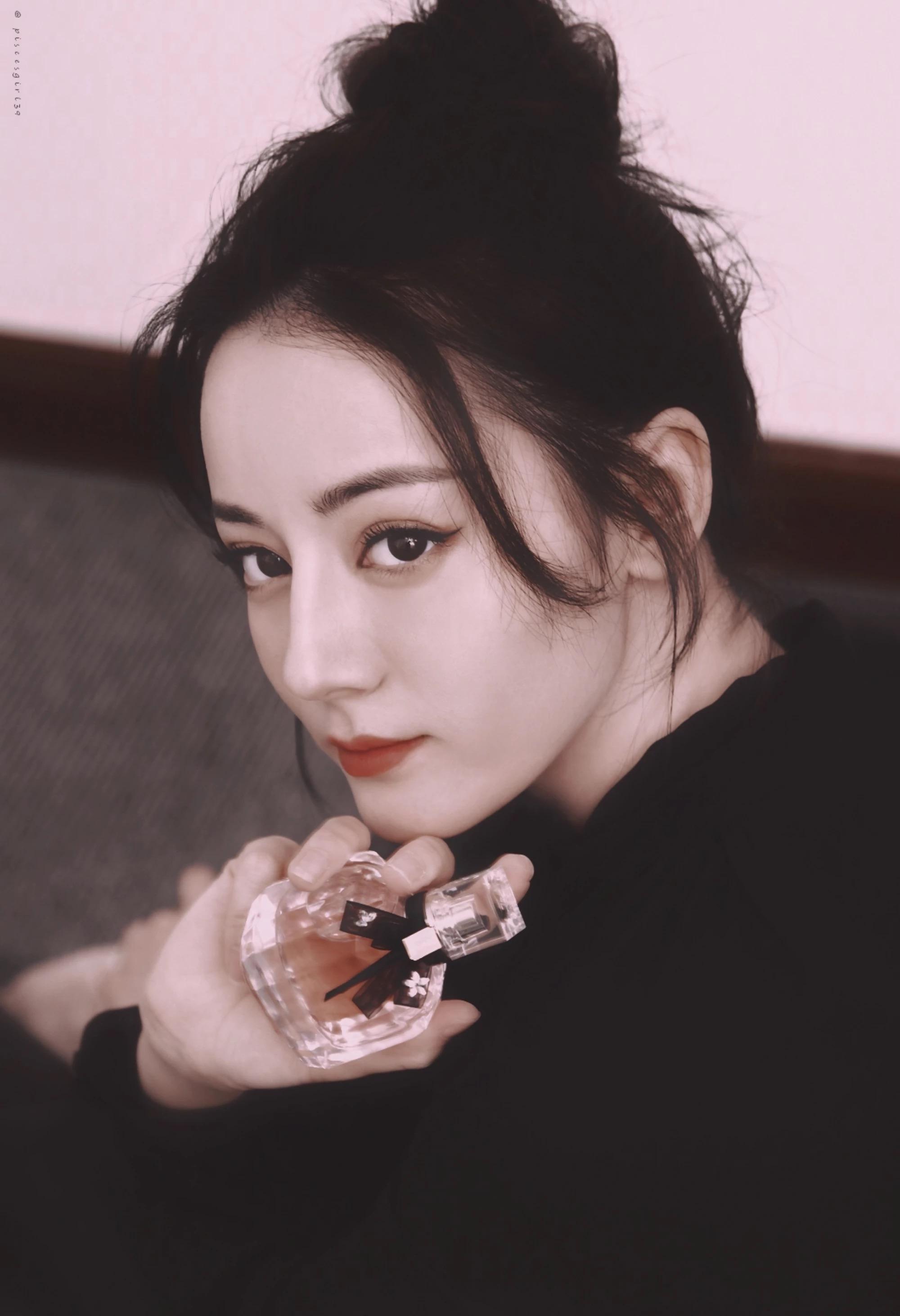 2018年最受欢迎女星排名,女神赵丽颖上榜却不是第一_杨幂