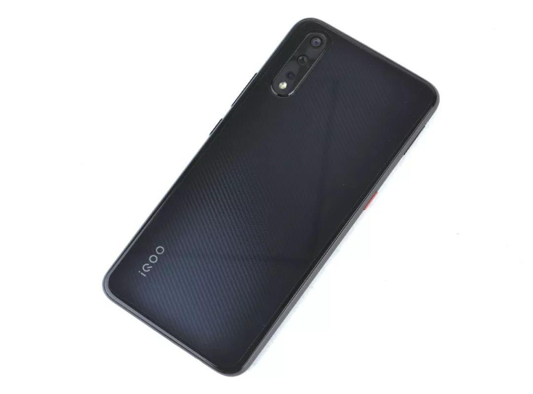 iQOO Neo实测:骁龙845重出江湖,专治千元机不服!