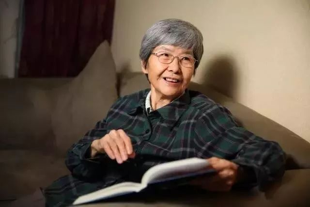 """""""敦煌女儿""""樊锦诗:中华优秀传统文化是我们自信的源头丨微言夜读"""
