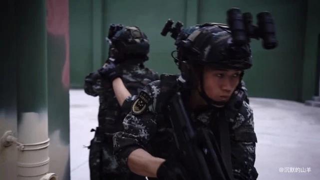"""武警特战小队炫酷新照:""""加持""""新单兵战术装备,国际范越来越足"""