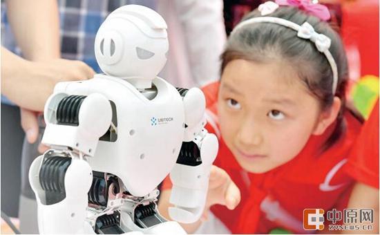 河南成全国第一教育人口大省 各级各类学校达5.36万所