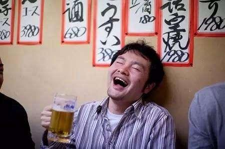 为何日本男性回家时都会大喊一声?首次赴日的国人:有什么秘密?