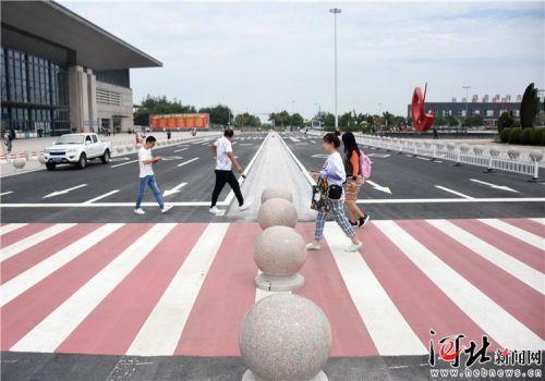 邢台高铁东站站前临时停车落客通道通车