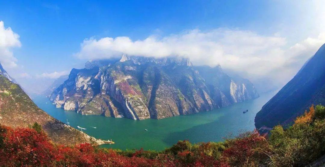 游客可集中饱览多个精华景点 三峡开启短途游