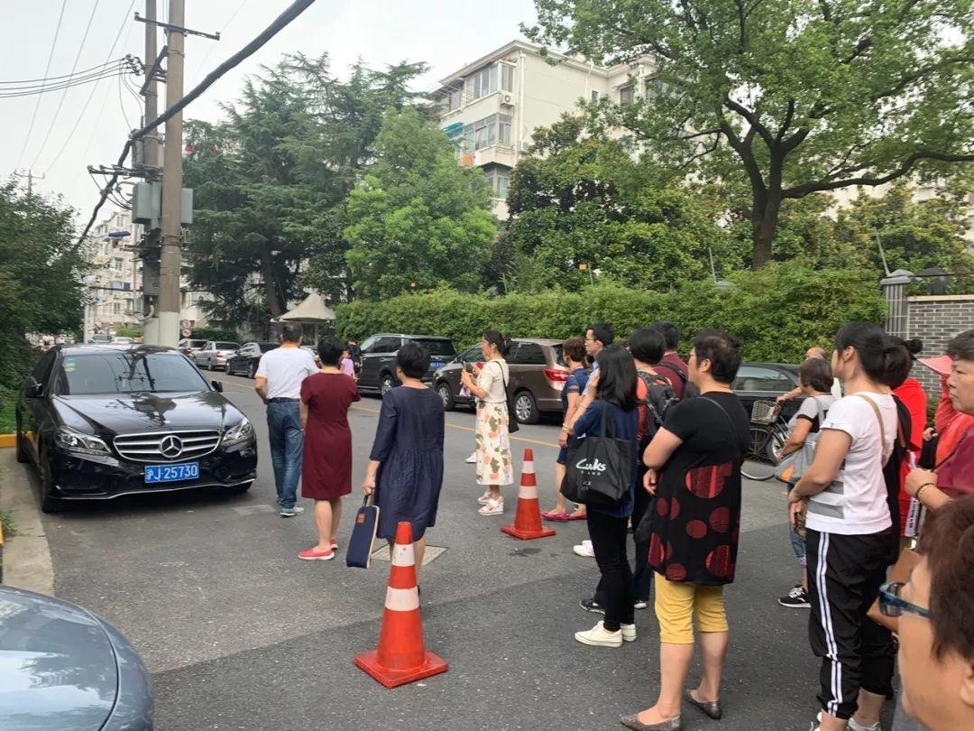 街道带队学习垃圾分类社区自治项目_田林十二村