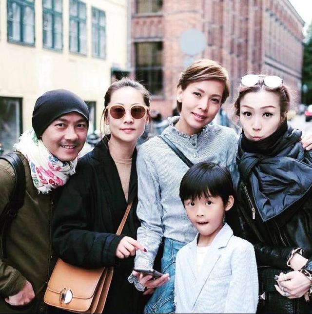 郑秀文和张卫健两对夫妇一同出游 分享旅途趣事却始终不见许志安
