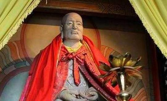 """<b>中国最""""真""""的寺庙,供奉着15座""""肉身佛像"""",连专家也解释不清</b>"""